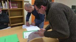 L'IES Joaquim Bau signa convenis de col·laboració amb set entitats esportives de Tortosa