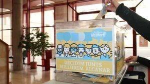 Les butlletes es podran depositar a les urnes habilitades a l'Ajuntament d'Alcanar/Cedida