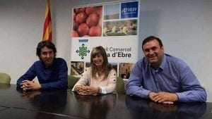 Francesc Barbero, portaveu del grup d'ERC-AM, amb la presidenta del Consell Comarcal i Josep Maria Buixeda, FIC / Cedida