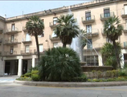 Tortosa adjudica la remodelació de la plaça de l'Ajuntament i els carrers de l'entorn per 1,3 milions d'euros
