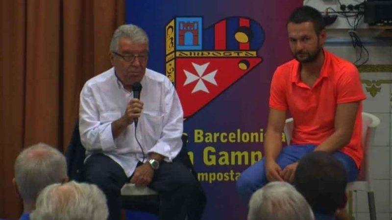 Josep Maria Minguella durant la conferència al casino d'Amposta