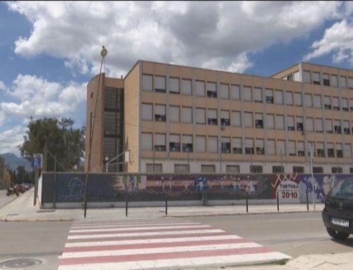 Tortosa dona el vistiplau al nom de Dertosa per a l'antic institut Joaquín Bau