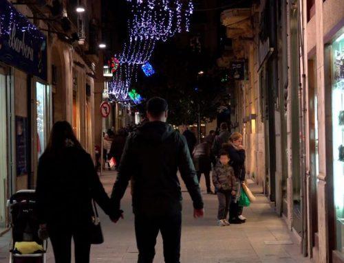 El comerç de Tortosa valora la pista de gel però vol millor enllumenat de Nadal
