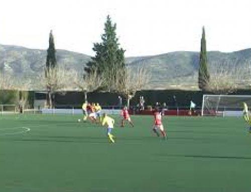 L'Ulldecona s'emporta amb solvència el derbi, contra la Sénia (3-0)