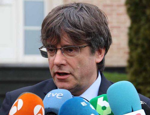"""Puigdemont nega el """"cas dels pastissets"""" i amenaça a l'ABC de denunciar-lo"""