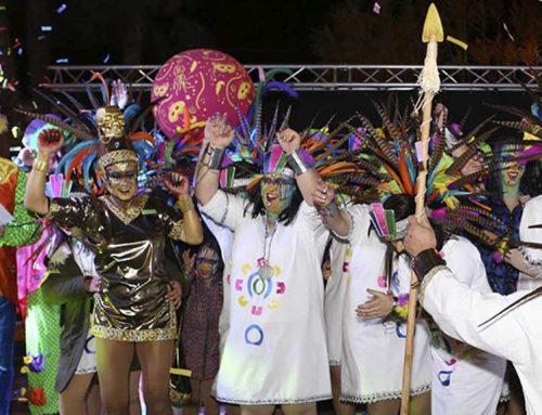 Expectació per la rua multitudinària del carnaval de Deltebre