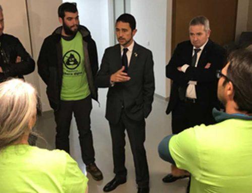 Calvet es compromet a crear un grup de treball per revisar el projecte de Riba-roja