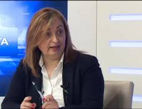 Rosa Anglés diu que Vizcarro no va estripar el carnet del PSC perquè mai el va tenir