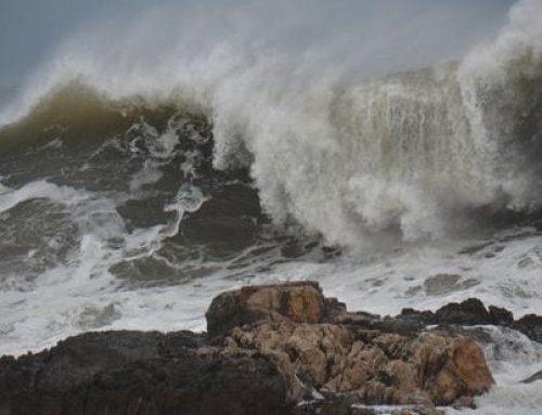 Es manté l'alerta del pla Inuncat per l'episodi de mala mar al Baix Ebre i Montsià