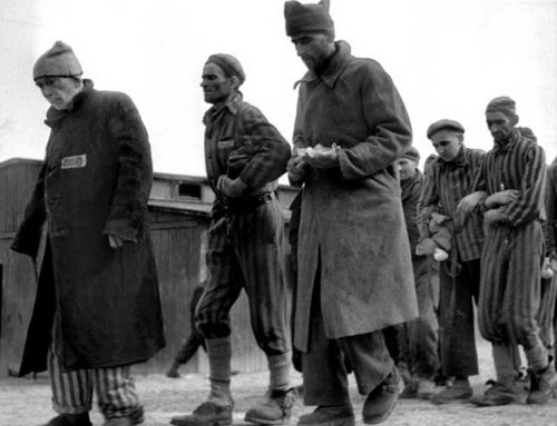 L'Ampolla ret homenatge als deportats ebrencs als camps d'extermini nazi