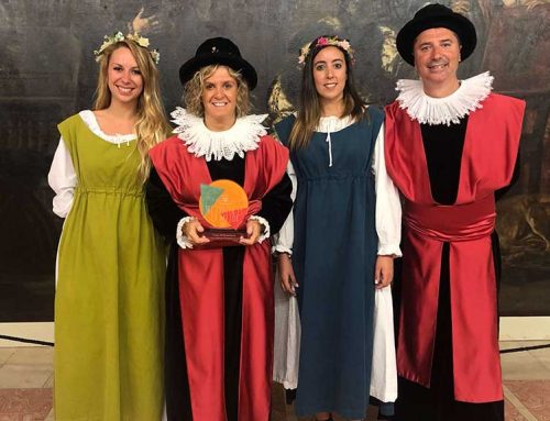 La Festa del Renaixement de Tortosa rep el guardó a millor festa del país