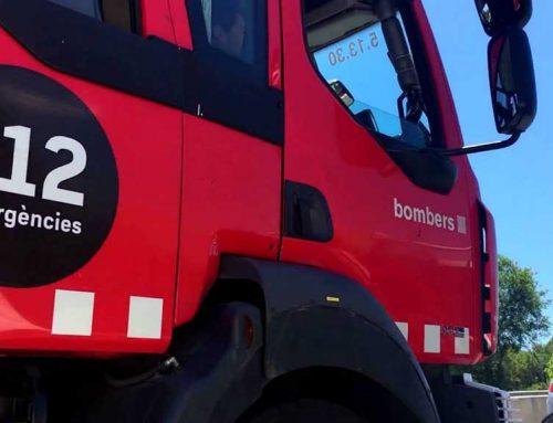 Incendi aquesta matinada a un magatzem del Terrer Roig al barri dels Reguers de Tortosa