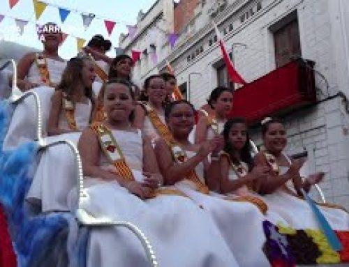 Festes Majors de Santa Bàrbara: Desfilada de carrosses