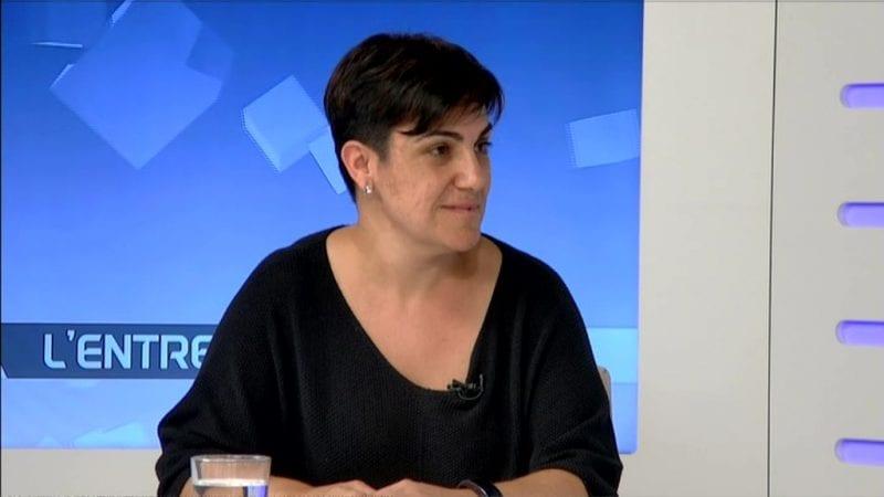 Neus Sanromà, presidenta del Consell Comarcal de la Terra Alta, en una entrevista a Canal Terres de l'Ebre