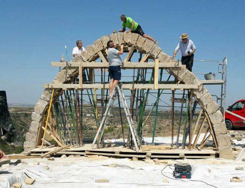 BONES NOTÍCIES: Acaba la reconstrucció de l'arc d'Adar de Llardecans