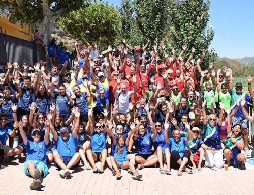 La batalla de l'Ebre aplega cent vint participants a Móra d'Ebre a la primera regata social del llagut català