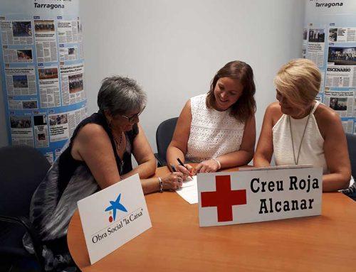 """L'Obra Social """"la Caixa"""" i Creu Roja Alcanar signen un conveni per garantir les necessitats de persones vulnerables"""