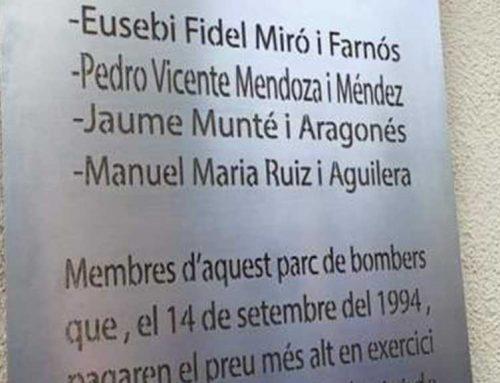 Homenatge als quatre bombers morts a l'incendi de Nonasp el 1994