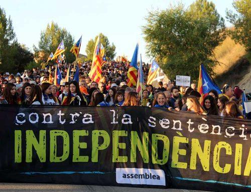 Centenars d'ebrencs arriben a Barcelona amb les Marxes per la Llibertat