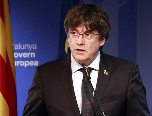 El president Puigdemont crida a 'mobilitzar-se sense defallir i sense por'