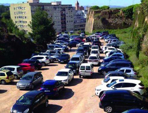 Salut ultima la viabilitat de l'aparcament en alçada per a l'Hospital de Tortosa