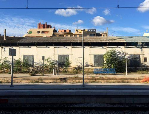 El ple de Tortosa aprova la moció de Movem per conservar els magatzems de Renfe