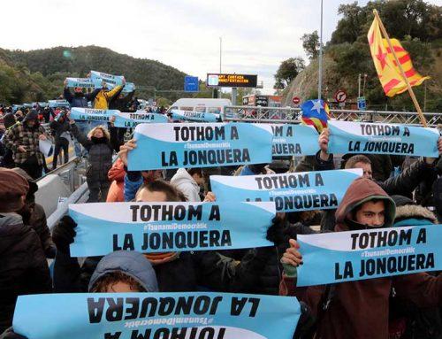 Tsunami Democràtic talla la frontera amb França a La Jonquera amb un miler de cotxes