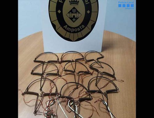 La Policia Local d'Amposta denuncia una persona que portava 9 paranys de caça d'ocells il·legals