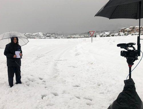 Arnes i Horta de Sant Joan es desperten amb un gruix de neu superior als 30 centímetres