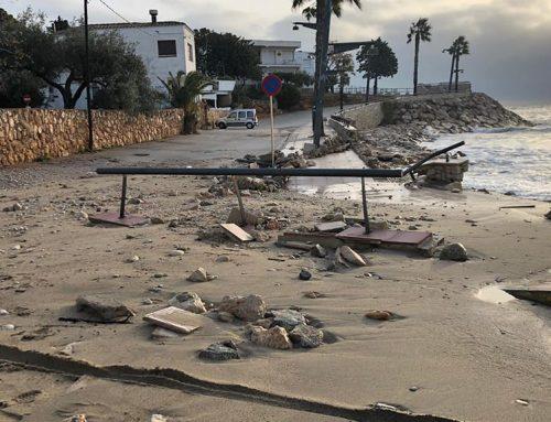 El temporal Glòria provoca importants danys a totes les platges de l'Ampolla