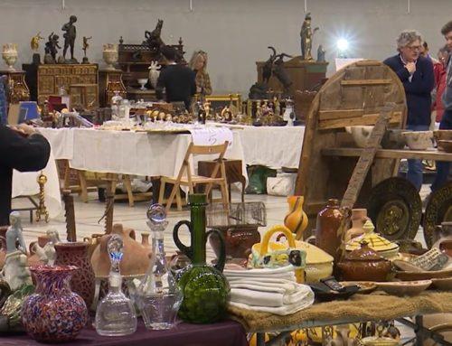Tres mil persones visiten la sisena edició de la fira d'antiguitats TortosAntic