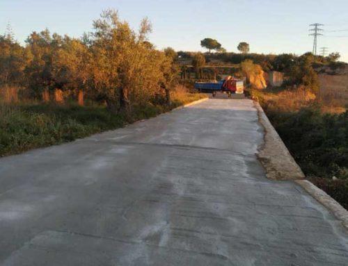 Amposta arranja els carrers de Camins de Pins i Bruguera