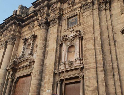 La neteja i restauració de la façana de la catedral de Tortosa comença la setmana vinent