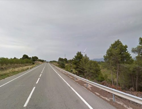 Mor el conductor d'un cotxe en un accident entre tres turismes a l'N-420 a Móra d'Ebre