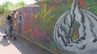Els Alumnes del IE Daniel Mangrané i l'Artista Lara Gombau  Elaboren el Mural #Dinsteu - Jesús