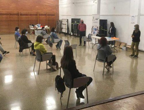 Dotze dones de les Ribera d'Ebre es formen com a cuidadores de persones dependents