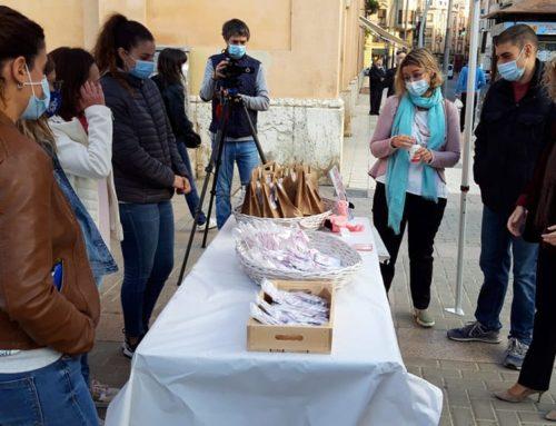L'Ajuntament de Tortosa aporta 3.000 euros al Projecte Emma d'investigació del càncer de mama