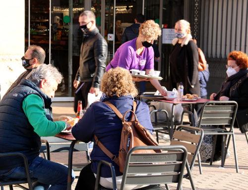 Bars i restaurants de Tortosa reobren portes amb 'il·lusió' però amb neguit davant un futur immediat incert