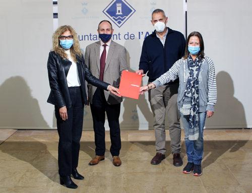 L'Ajuntament de l'Aldea i la Fundació Mapfre signen un conveni per fomentar la integració sociolaboral i ajudar autònoms i petites empreses