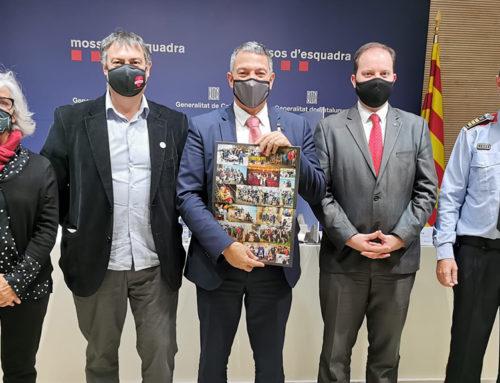 El calendari solidari dels Mossos d'Esquadra del 2021 destinarà els beneficis a la lluita contra el càncer infantil