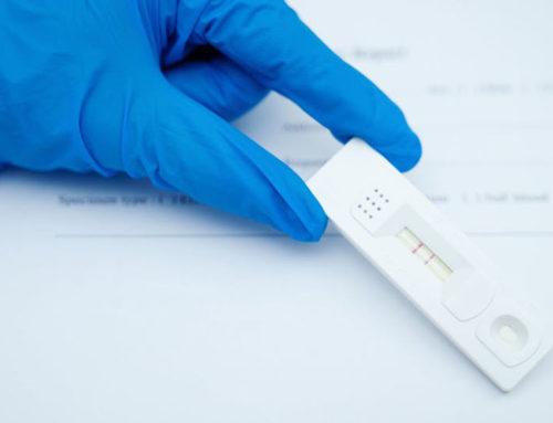 El Col·legi d'Infermeres i Infermers de Tarragona rebutja que les farmàcies puguin fer tests d'antígens