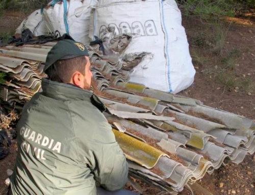 La Guàrdia Civil localitza un dipòsit il·legal amb més de 6.000 quilos d'uralita que contenia amiant