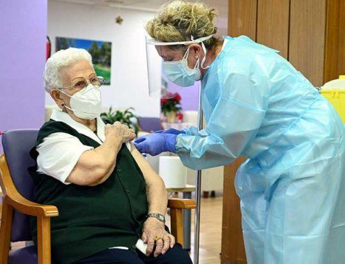 """Argimon constata la """"reducció dràstica"""" de la mortalitat per covid en residències gràcies a la vacunació"""