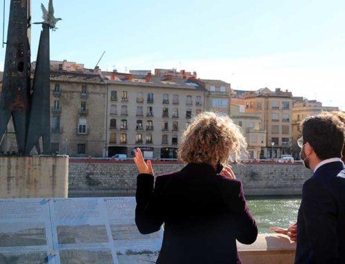 """Capella reclama a l'alcaldessa de Tortosa el permís per treure el monument franquista i l'acusa d'""""entorpir"""" la retirada"""