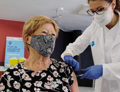 El 30% dels catalans té la primera dosi de la vacuna contra la covid-19