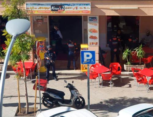 VÍDEO | Detingut per haver amenaçat presumptament amb una pistola la treballadora d'un bar de Tortosa