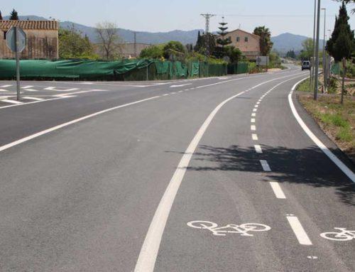 Traspàs de la carretera d'entrada per la C 12 a la Raval de Cristo i obres de millora al Casal La Ravaleta
