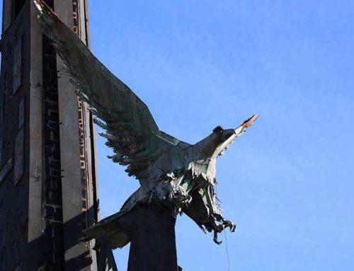La plataforma per la reinterpretació del monument franquista de Tortosa recull 1.405 signatures perquè no es retiri
