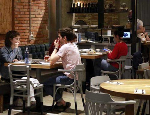 FECASARM demana ampliar l'horari dels restaurants i obrir l'oci nocturn per aturar 'botellons' i festes il·legals
