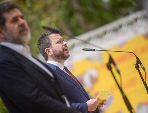 """Sànchez atribueix a la """"desconfiança"""" el retard en tancar l'acord entre ERC i JxCat"""
